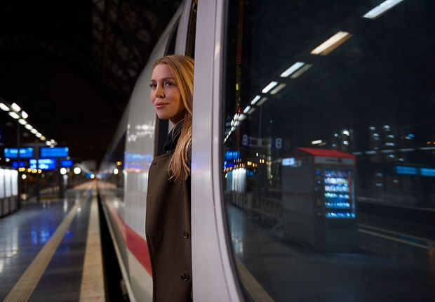 Alexa Feser at Frankfurt Central